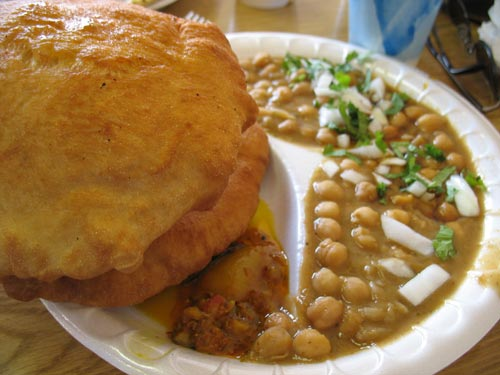 how to cook chola bhatura